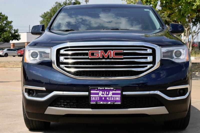 GMC Acadia 2017 price $31,290