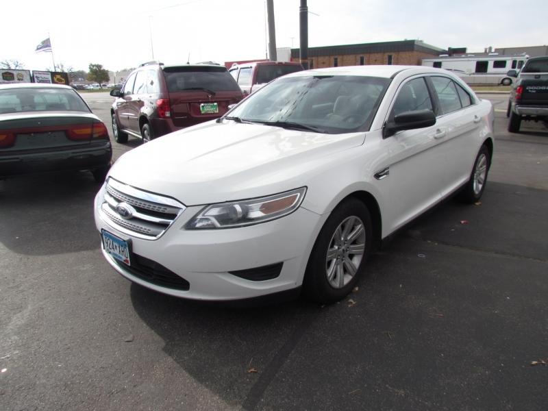 Ford Taurus 2011 price $4,999