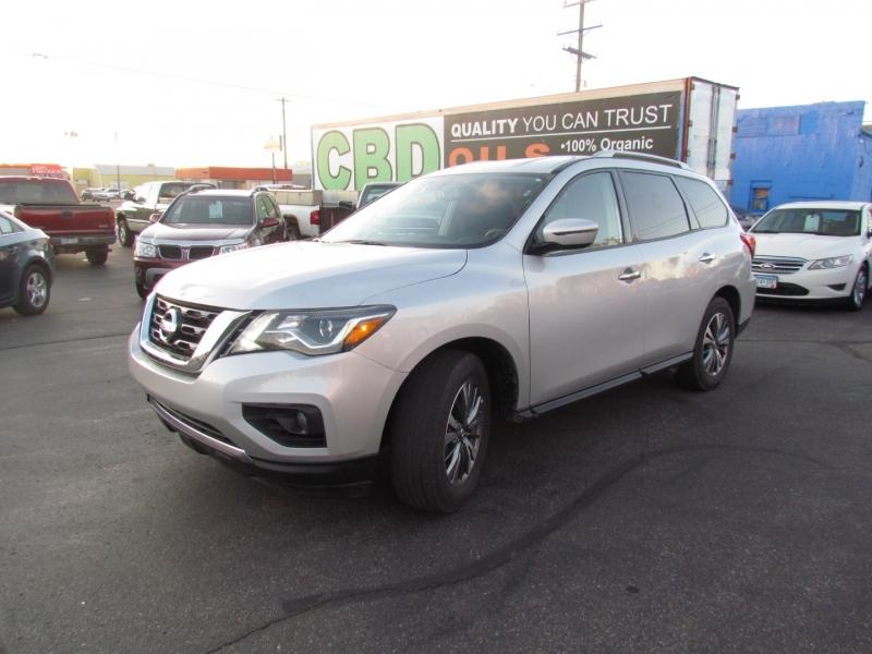 Nissan Pathfinder 2020 price $25,499