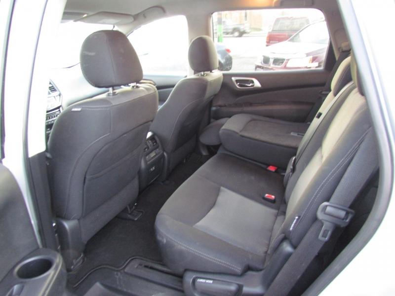 Nissan Pathfinder 2020 price $24,850