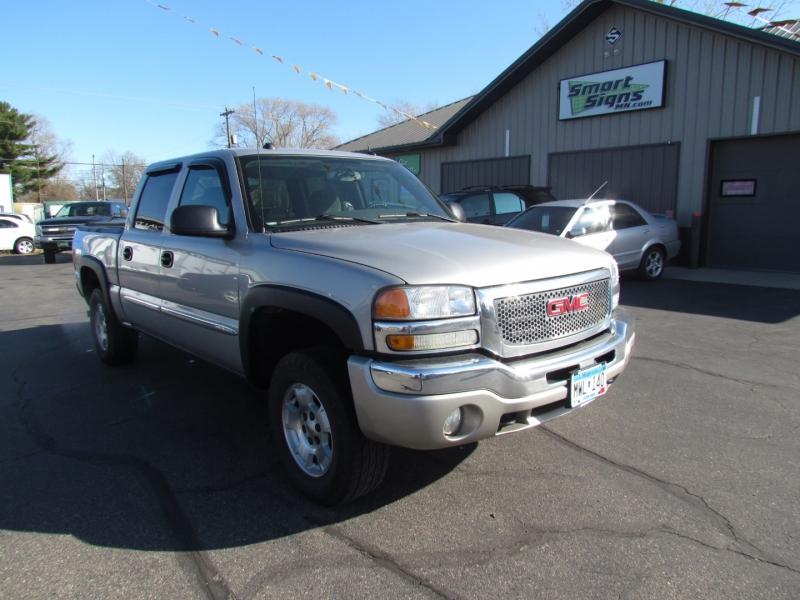 GMC Sierra 1500 2005 price $8,699