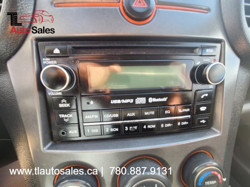 Kia Rondo 2009 price $4,200