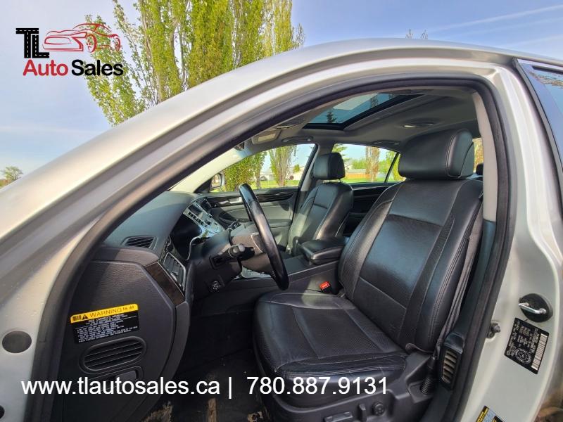 Hyundai Genesis 2013 price $9,999