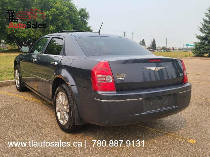 Chrysler 300 2008 price $5,800
