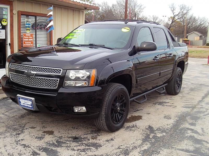 Chevrolet Avalanche 2012 price $18,900