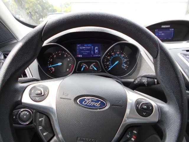 Ford Escape SUV 2014 price $12,495