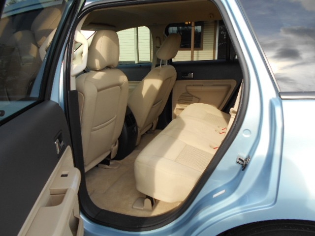Ford Edge SUV 2008 price $9,995