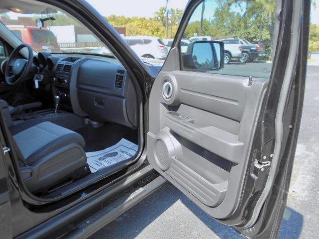 Dodge Nitro SUV 2008 price $9,995