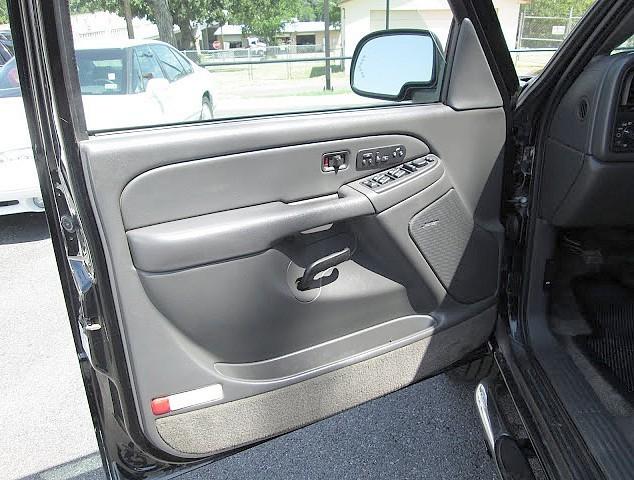 Chevrolet Avalanche Truck 2003 price $4,995