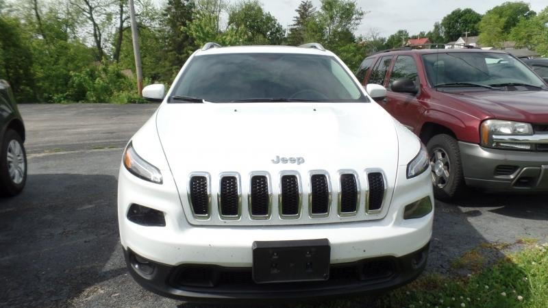 Jeep Cherokee 2017 price $21,995