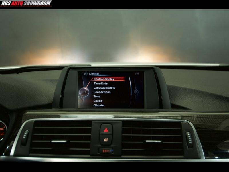 BMW 3-Series 2016 price $17,700