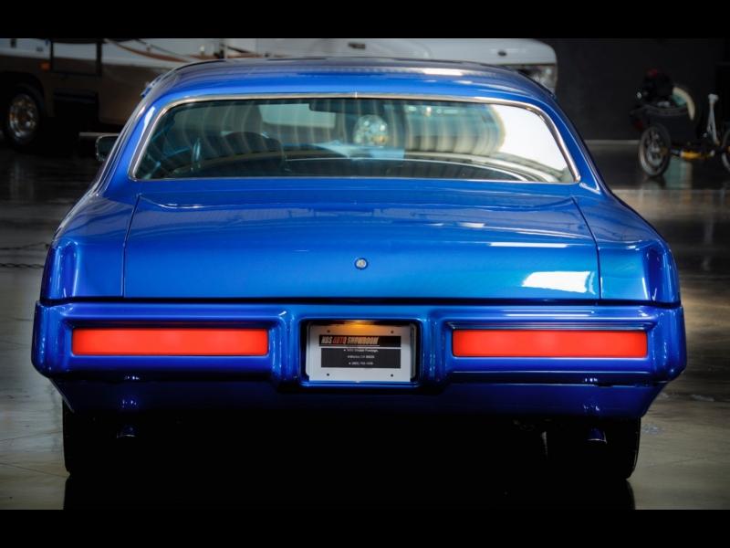 Pontiac Grand Prix 1969 price $25,300
