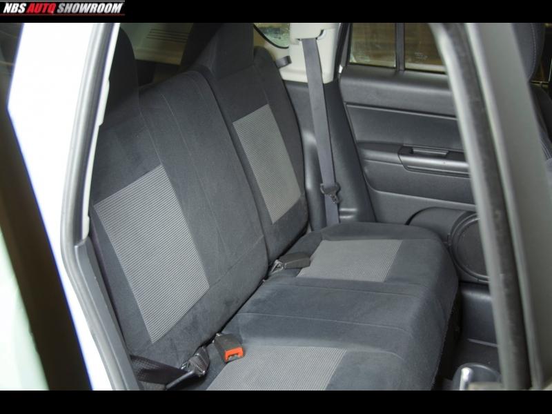 Jeep Compass 2011 price $5,400