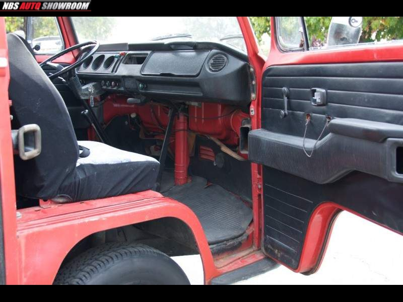 Volkswagen Bus 1970 price $10,047