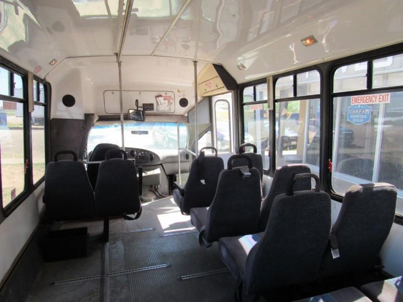 FORD ECONOLINE -BUS 2003 price $9,995