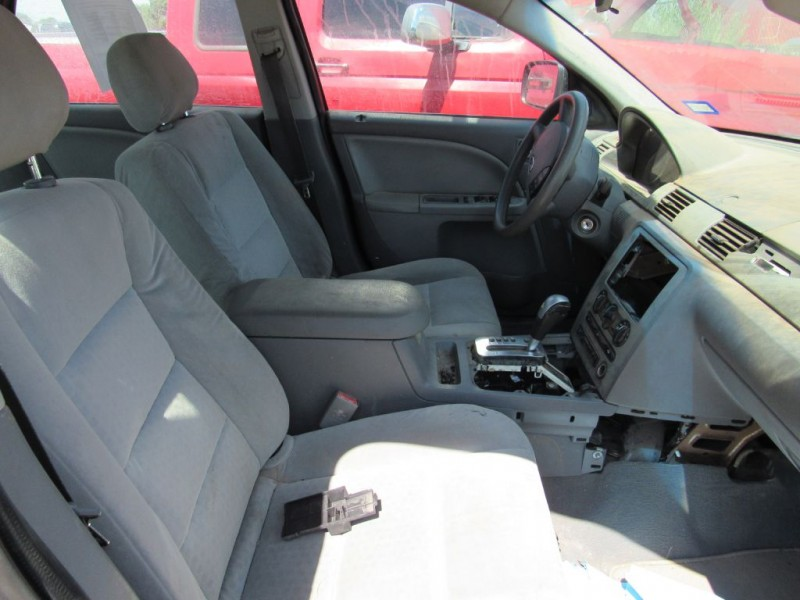 FORD FIVE HUNDRED 2005 price $2,500
