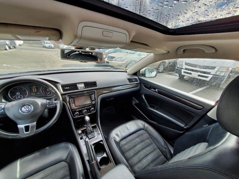 Volkswagen Passat 2012 price $9,888