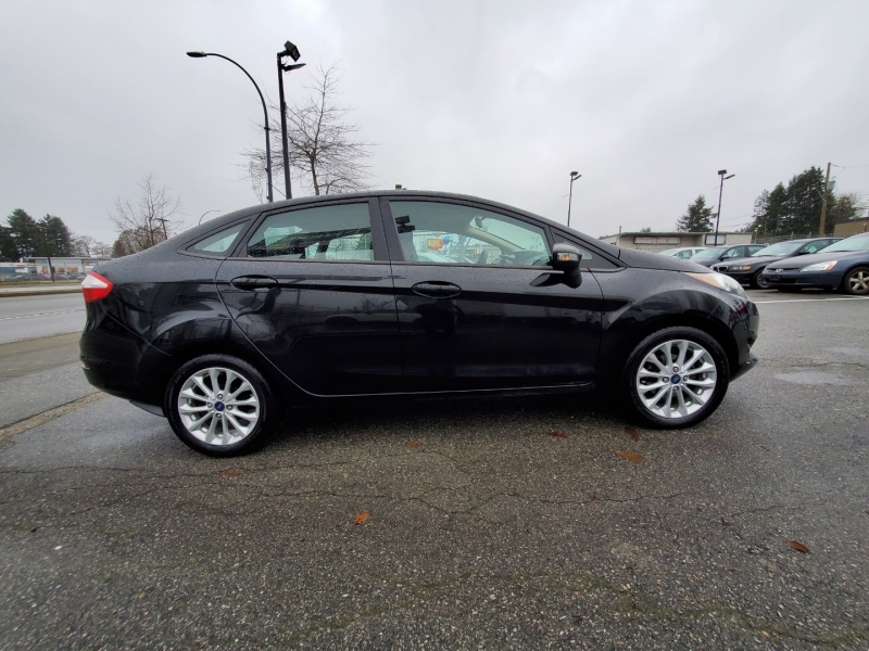 Ford Fiesta 2014 price $5,888