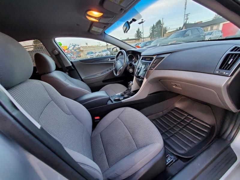 Hyundai Sonata 2011 price $6,888