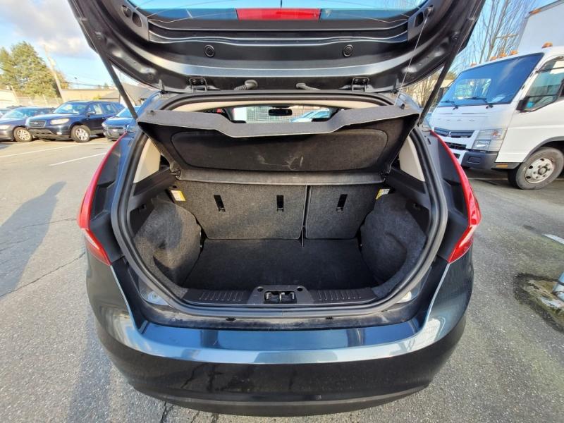 Ford Fiesta 2011 price $3,888