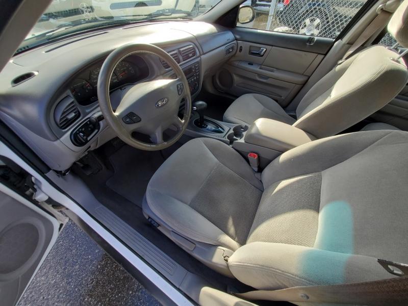 Ford Taurus 2003 price $2,888