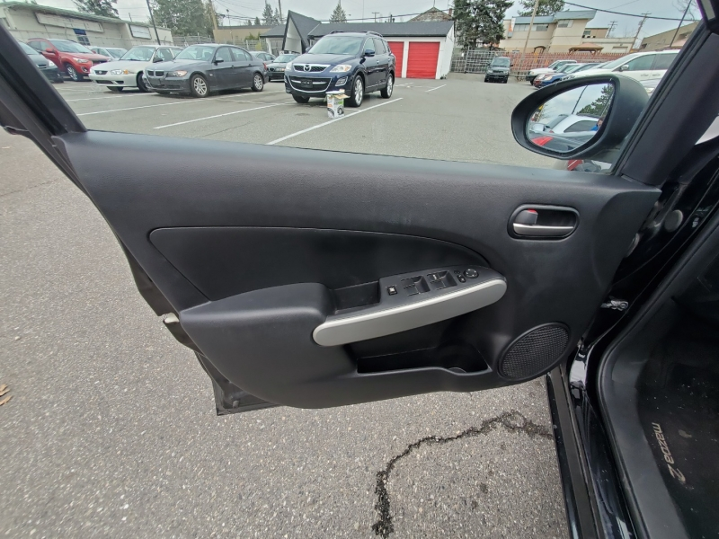 Mazda Mazda2 2012 price $5,888