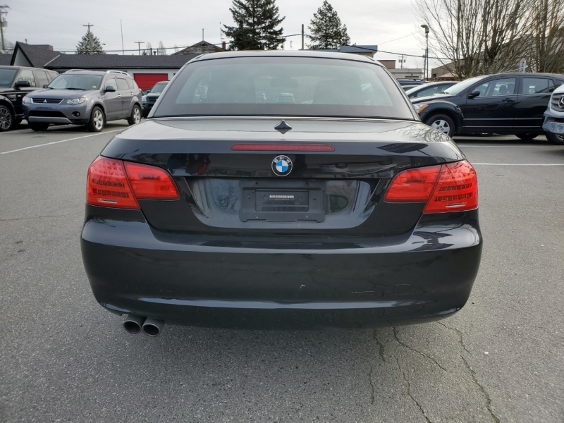 BMW 3-Series 2011 price $14,888