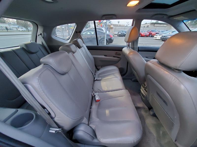 Kia Rondo 2008 price $3,288