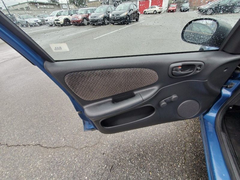Chrysler Neon 2002 price $3,288