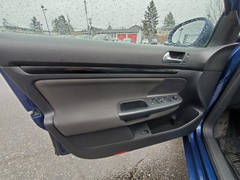 Volkswagen Golf Wagon 2012 price $7,888