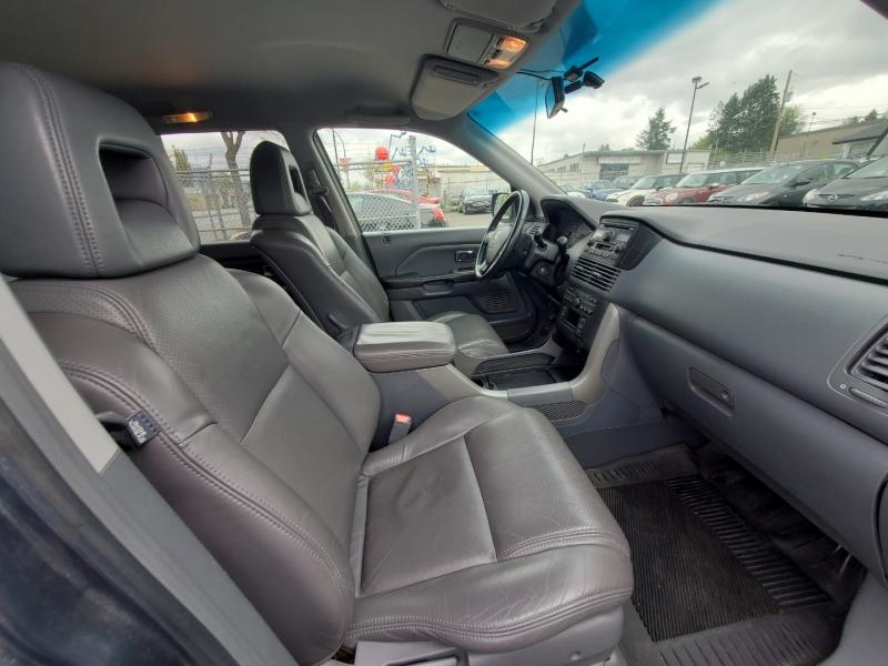 Honda Pilot 2004 price $6,888