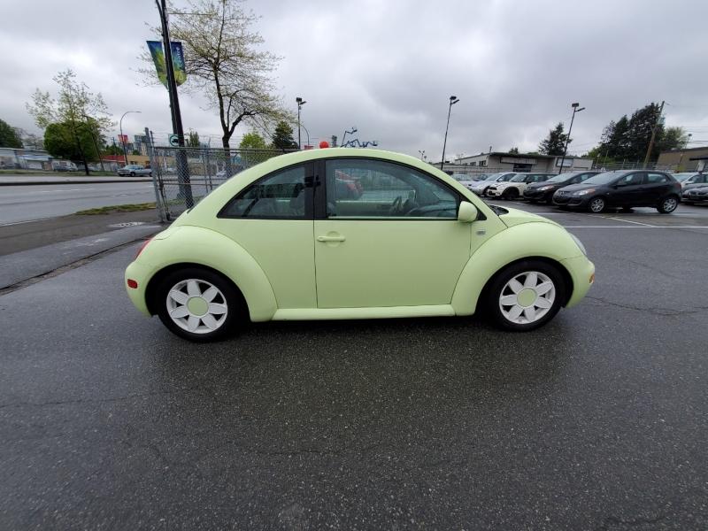 Volkswagen New Beetle 2001 price $5,488