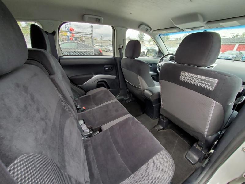 Mitsubishi Outlander 2012 price $8,888