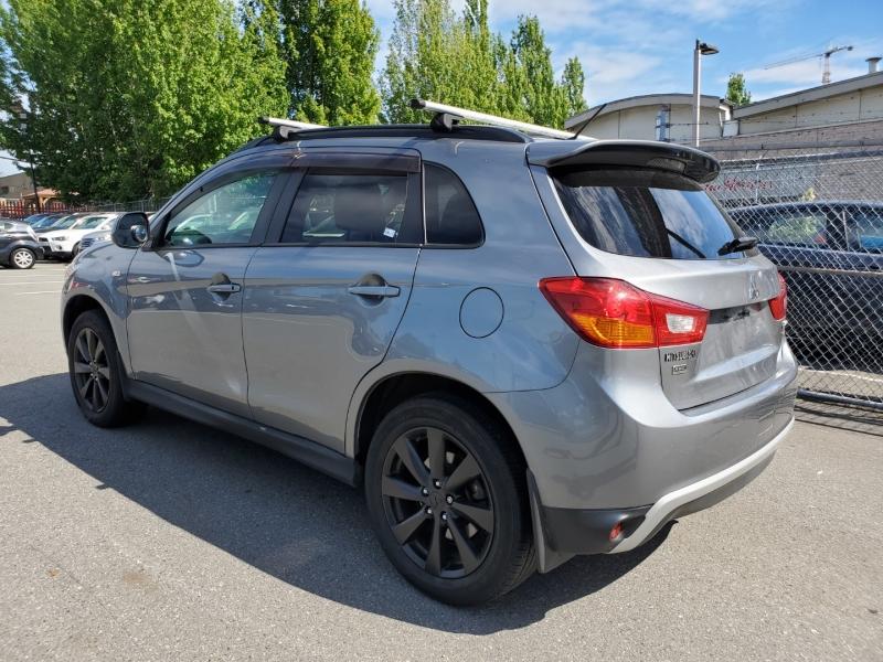 Mitsubishi RVR 2015 price $13,888