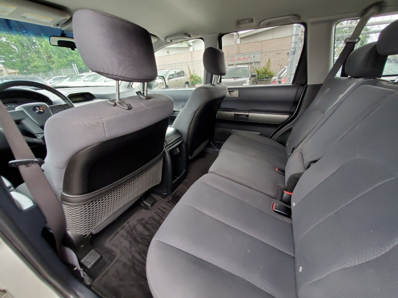 Mitsubishi Endeavor 2005 price $5,288