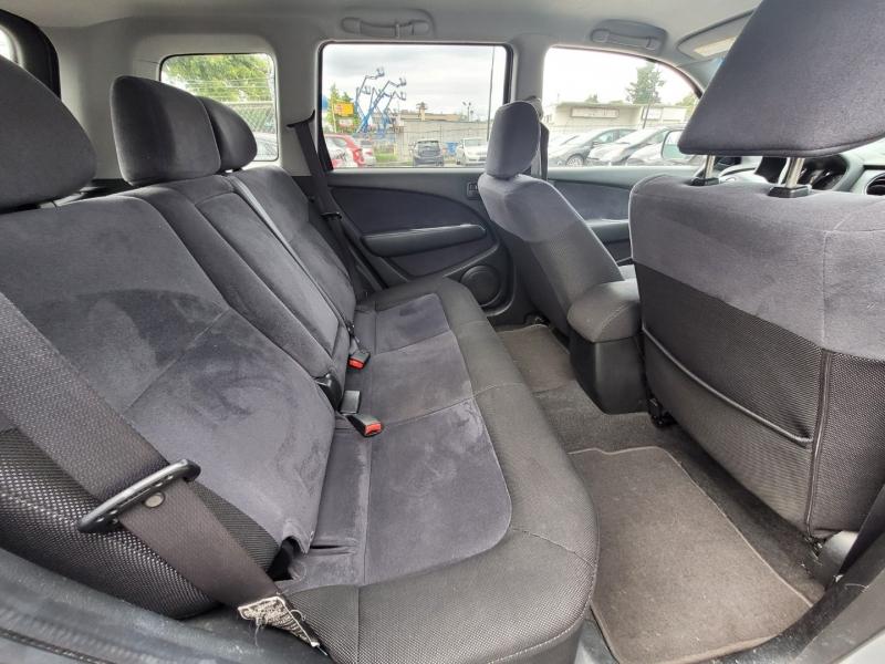 Mitsubishi Outlander 2004 price $5,288