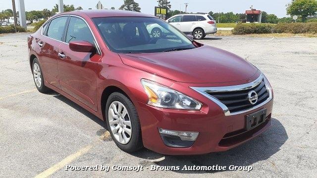 Nissan Altima 2013 price $10,999