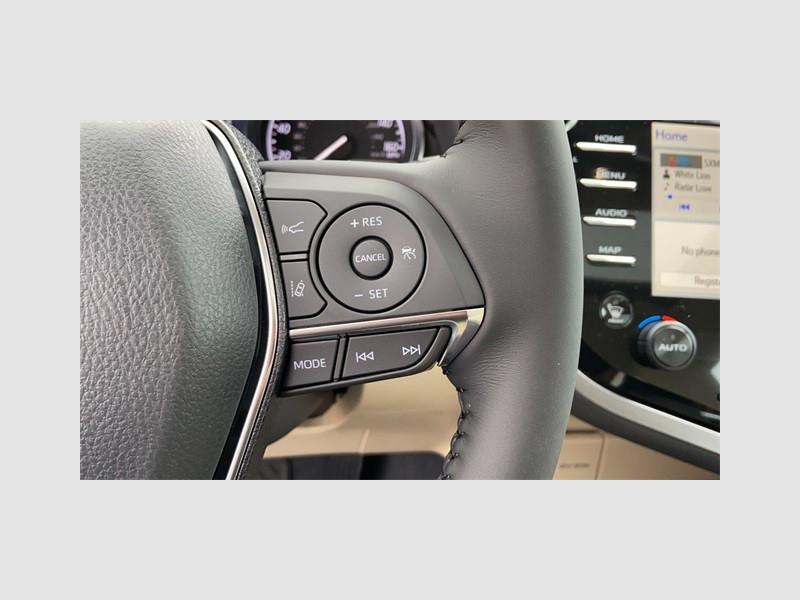 Toyota Camry Hybrid 2020 price $31,804