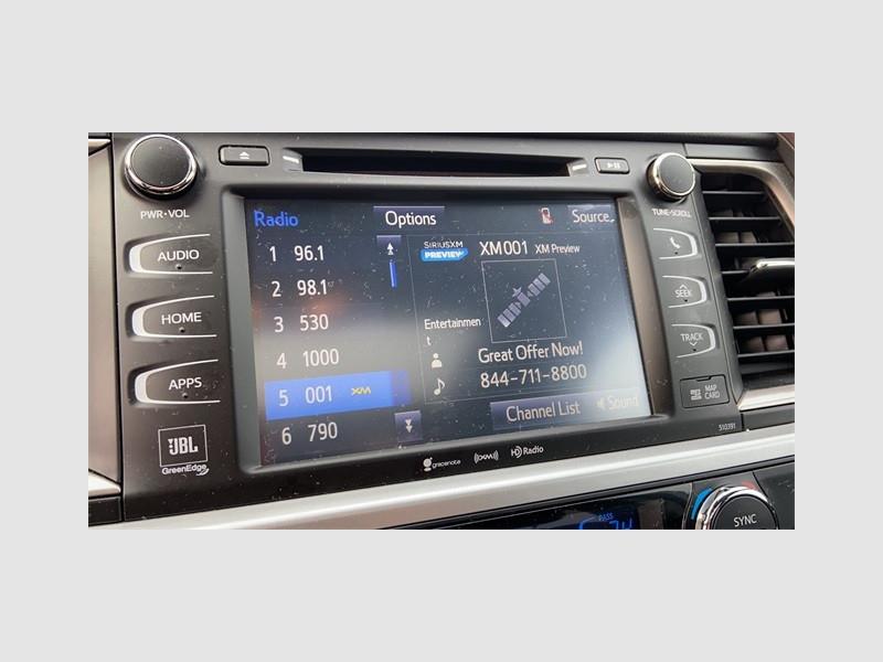 Toyota Highlander 2019 price $35,893