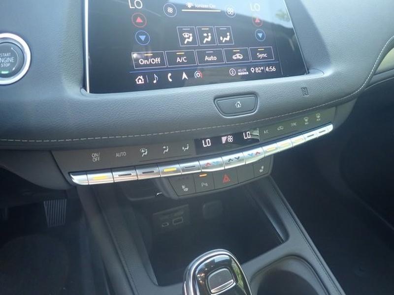 Cadillac XT4 2020 price $40,399