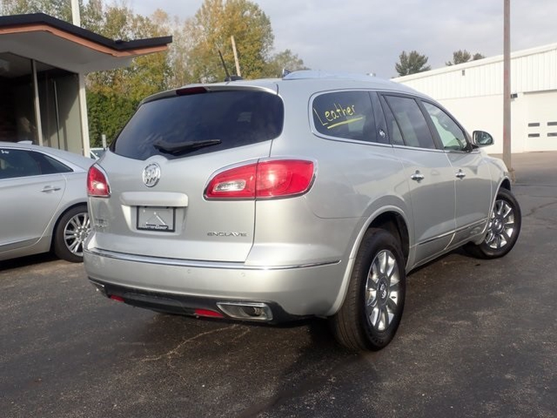 Buick Enclave 2016 price $22,636