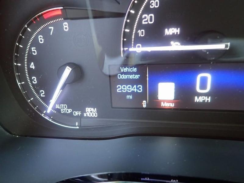 Cadillac XT5 2017 price $30,667