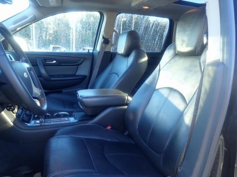 Chevrolet Traverse 2015 price $11,200