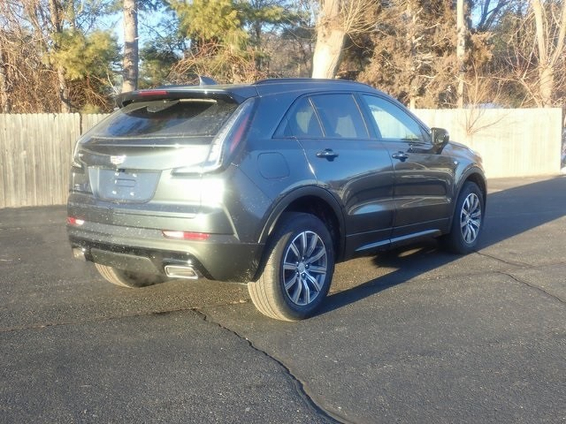 Cadillac XT4 2021 price Call for Pricing.