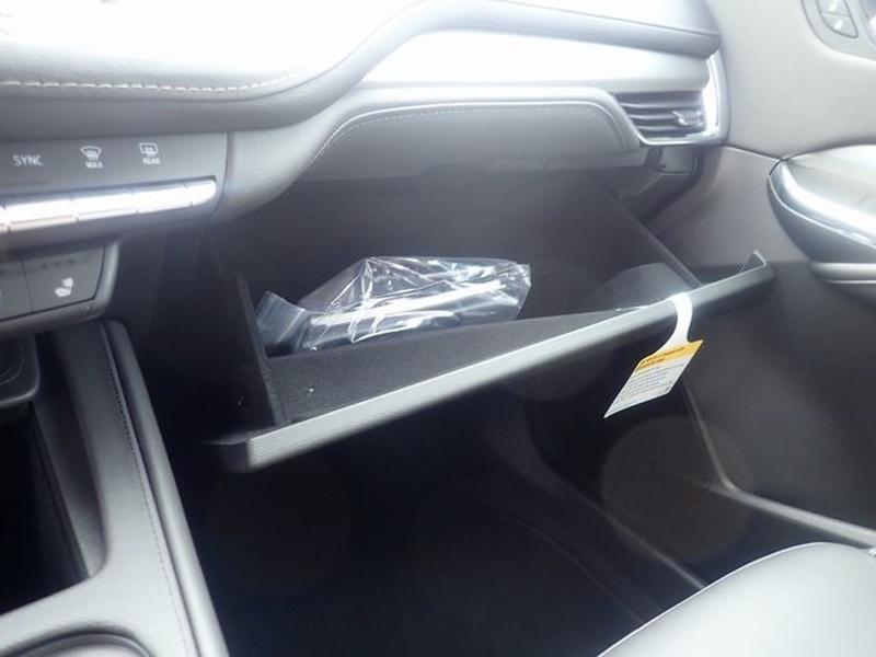Cadillac XT4 2020 price $39,438