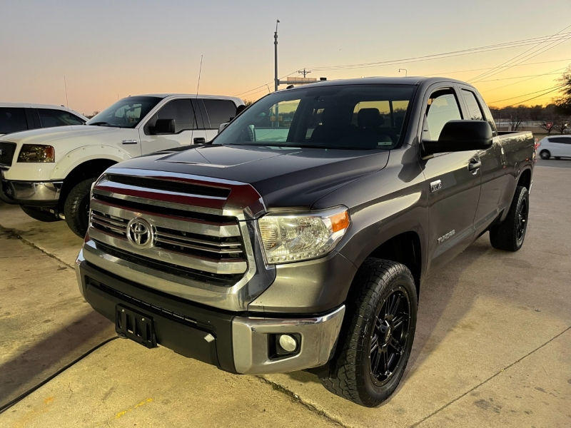 Toyota Tundra 4WD Truck 2016 price $19,200
