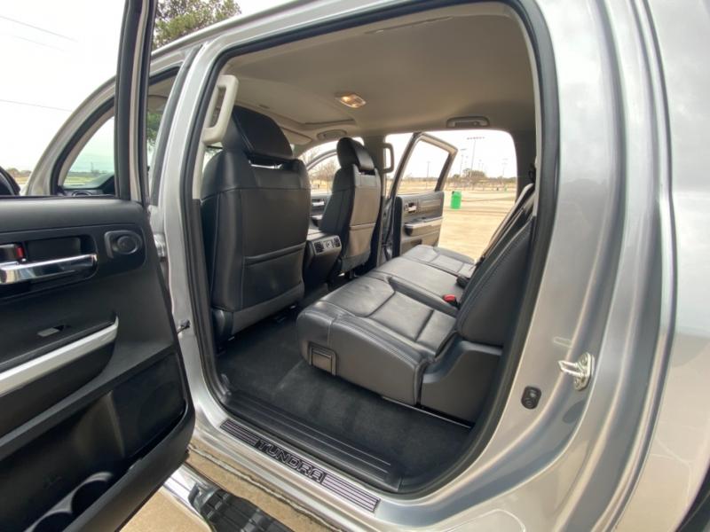 Toyota Tundra 4WD 2017 price $35,000