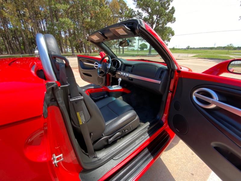 Chevrolet SSR 2004 price $19,900