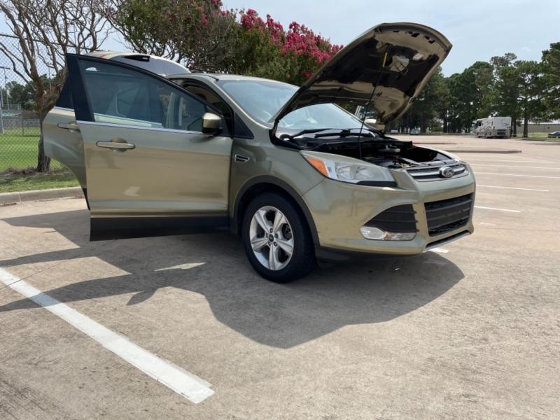 Ford Escape 2014 price $13,800