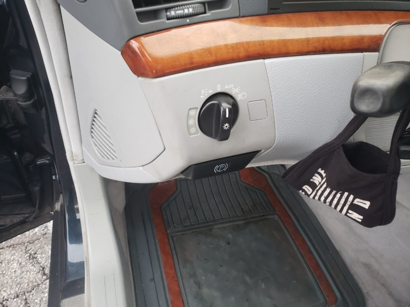 Mercedes-Benz S-Class 2002 price $2,500 Cash
